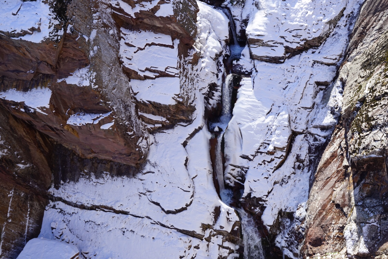 A waterfall where mountain goats deliver their babies in safety. Bears and snow leopards are also spotted in the area.